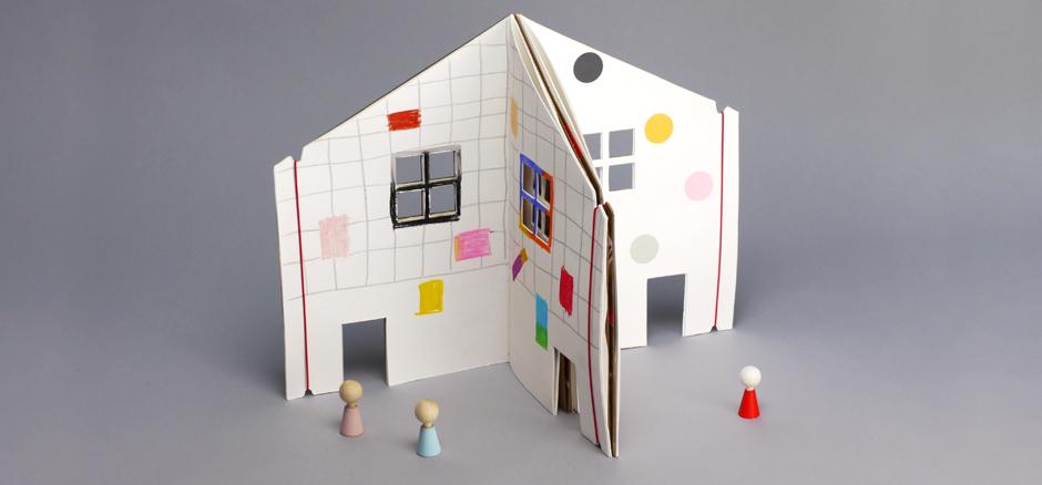 the-doll-house-book-prod-desc-5